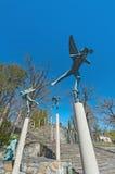 Visión granangular en Millesgarden con la estatua de jugar ángel Imágenes de archivo libres de regalías