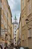 Visión hacia ayuntamiento en Salzburg fotografía de archivo