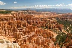 Visión hacia Bryce Canyon del punto de la inspiración en Utah fotos de archivo libres de regalías