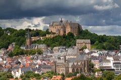 Visión hacia el castillo de Marburgo imagen de archivo libre de regalías