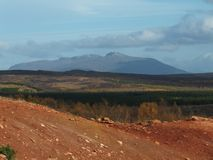 Visión montañosa desde el valle de Haukadalur Paisaje islandés fotos de archivo libres de regalías