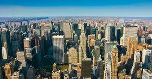 Visión panorámica aérea sobre Manhattan superior Imagen de archivo libre de regalías