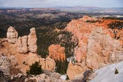 Visión panorámica en el punto del arco iris en Bryce Canyon Imágenes de archivo libres de regalías