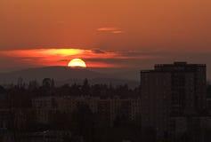 Visión panorámica en la puesta del sol Foto de archivo libre de regalías