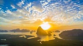 Visión panorámica imponente en Samed Nang ella punto de vista Imagenes de archivo
