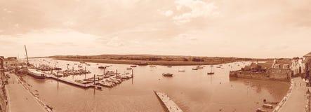 Visión panorámica sobre el puerto de Topsham en sepia Foto de archivo libre de regalías