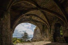 Visión por dentro de las ruinas de la abadía de Culross Imagen de archivo