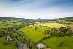 Visión rural, aérea idílica, Cotswolds Reino Unido Imagen de archivo libre de regalías