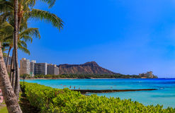 Visión sobre Diamond Head en Waikiki Hawaii imagen de archivo