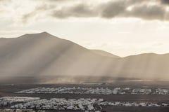 Visión sobre el Blanca de Playa en luz de la mañana Imagen de archivo libre de regalías