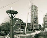 Visión sobre el edificio de Bristol Temple Quay Valentine Bridge y del ojo Foto de archivo libre de regalías