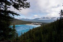 Visión sobre el Lake Louise Foto de archivo