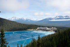 Visión sobre el Lake Louise Imagen de archivo libre de regalías