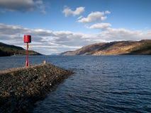Visión sobre el Loch Ness famoso foto de archivo
