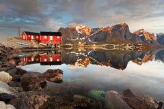 Visión sobre el pueblo de Reine, Noruega Fotografía de archivo libre de regalías