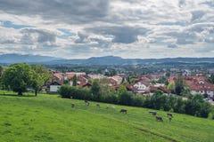 Visión sobre el pueblo Durach imagen de archivo libre de regalías