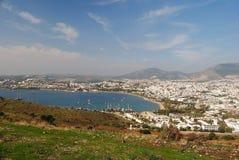 Visión sobre la ciudad de vacaciones de Gumbet en Turquía imagen de archivo