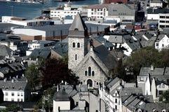 Visión sobre la ciudad del lesund de Ã…, Noruega Imagen de archivo