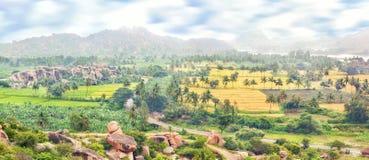 Visión sobre la ciudad hindú antigua de Hampi foto de archivo