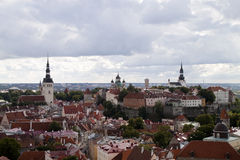 Visión sobre la ciudad vieja de Tallinn Fotografía de archivo libre de regalías