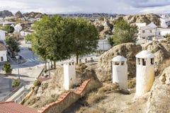 Visión sobre la vecindad de Barrio de las Cuevas en la ciudad de Guadix Fotografía de archivo libre de regalías