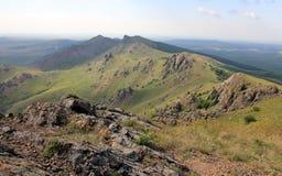 Visión sobre las montañas de Macin imagen de archivo libre de regalías