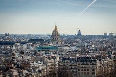 Visión sobre los tejados de París Foto de archivo