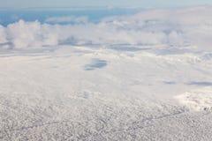 Visión superior nevada sobre la tierra Imagen de archivo libre de regalías