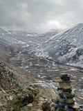 Visión a través de la ciudad del valle de Dingboche Imagen de archivo