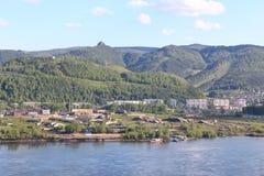 Visión a través de la región de Yenisei Sverdlovsk del río, Krasnoyarsk Imagenes de archivo