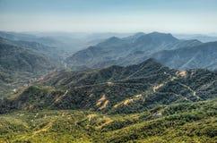 Visiónes desde la roca de Moro en la secoya y el parque nacional de reyes Canyon, California fotos de archivo libres de regalías