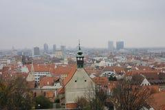 Visi?n desde el castillo de Bratislava fotos de archivo