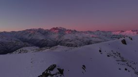 Visibilité directe les Andes Chili de montagnes de coucher du soleil banque de vidéos