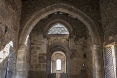 Visigothic delTrampal Basiliek van Santa Lucia Belangrijkst schipstandpunt Stock Afbeeldingen
