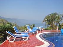 Visión desde la piscina de Puerto Vallarta Foto de archivo