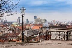 Visión en el centro de Zagreb de la ciudad superior, con la visión en el hotel de Westin. Fotos de archivo libres de regalías