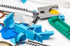 Visione dello stato di industria di stampa 3d dove le stampanti industriali sono sostituite dalle piccole stampanti del fdm Immagine Stock