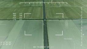 Visione notturna che segue van concept UAV/elicottero di polizia stock footage