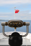 Visionneuse de touristes sur un bateau guidé Images libres de droits