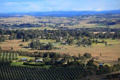 Visions claires au-dessus de paysage australien Photo stock