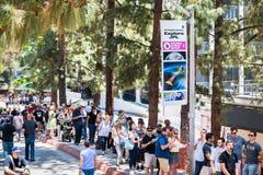 Visita de JPL no bilhete do ` A do acontecimento anual do ` da casa aberta do ` para explorar o ` de JPL imagens de stock royalty free