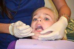 Visita del dentista Imagenes de archivo