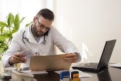 Visita medica del telefono Immagine Stock