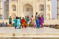 Visita Taj Mahal della gente a Agra, Fotografia Stock Libera da Diritti