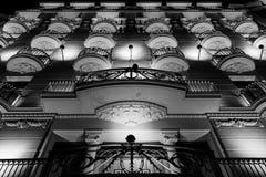 Visitando as casas famosas do gaudi em Barcelona, spain Imagens de Stock Royalty Free