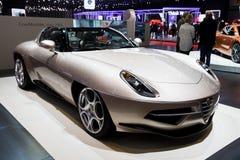 Visitando o carro de esportes de Romeo Disco Volante do alfa de Milão fotos de stock