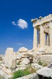 Visitante solitário ao Acropolis Foto de Stock Royalty Free