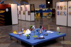 VISITANTES EN EL ARTE EXHIBTIONS Fotos de archivo