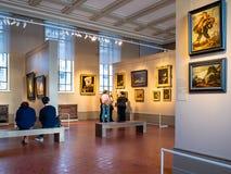 Visitantes en la excursión en museo del estado de Pushkin imagen de archivo