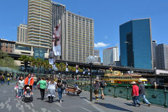 Visitantes no Gales do Sul Australi de Sydney Circular Quay Sydney New Fotografia de Stock Royalty Free
